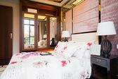 Wygodna sypialnia — Zdjęcie stockowe
