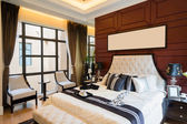 豪华舒适的卧室 — 图库照片
