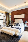 Luxury comfortable bedroom — Stock Photo