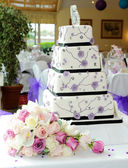 Purple wedding cake — Stock Photo