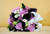 Brides Pink Roses — Stock Photo