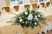 Wedding reception flowers — Stock Photo