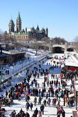 Skating on the Rideau Canal in Ottawa — 图库照片