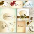 çiçek öğeleri ve yay ile lüks davetiye ve hediye kartları — Stok Vektör