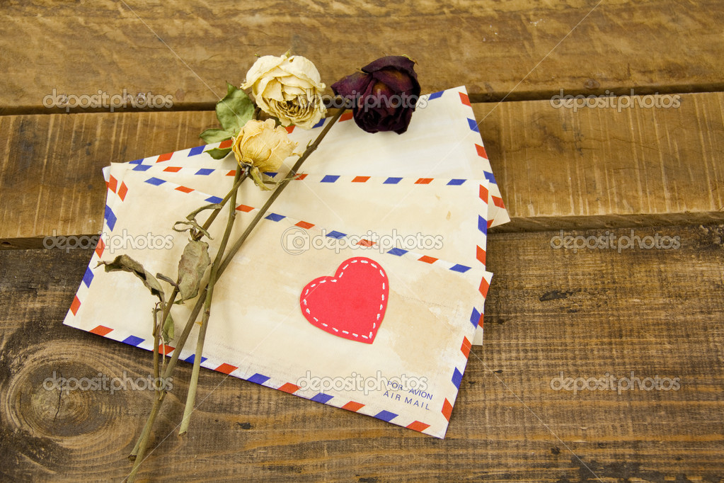 Letters and roses with red heart — Stock Photo #19597195