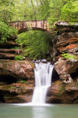 Old Man's Cave Waterfall and Bridge — Stock Photo