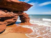 Sea Arch on PEI Coast, Canada — Stock Photo