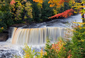 Michigan's Tahquamenon Falls in Autumn — Stock Photo