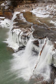 Winter-Wasserfall in indiana — Stockfoto