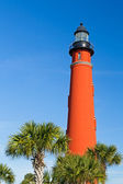 Ponce Inlet Light and Palms — 图库照片