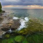 Sunrise Over Rocky Coastline — Stock Photo