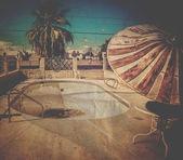 övergivna swimmingpool. — Stockfoto