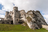 Old Castle Ruins in Ogrodzieniec — Stock Photo