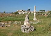 Ruinen der tempel der artemis sind in der türkei — Stockfoto