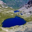 Blue lake in a mountain valley — Stock Photo