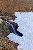 Cascata in una montagna — Foto Stock