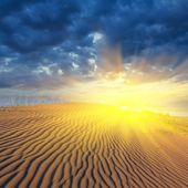 Dramatic sunset in a desert — Stock Photo