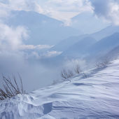 Scène d'hiver montagne — Photo