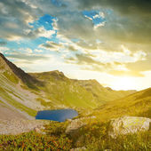 Sunrise over a mountain valley — Stock Photo