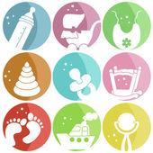Nove icone con vestiti del bambino — Vettoriale Stock