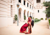 Gorgeous Indian bride and groom — Stock Photo
