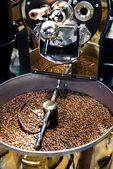 Machine pour grains de café de torréfaction — Photo