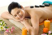 Mujer en tratamiento de spa — Foto de Stock
