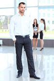 Empresario guapo — Foto de Stock