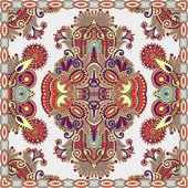 Traditional ornamental floral paisley bandanna — ストックベクタ