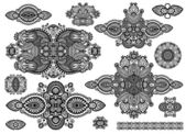 Set of ornamental floral adornment, black and white collection — Vector de stock