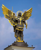 Archangel Michael Saint patron of Kiev in independence square, K — Stock Photo