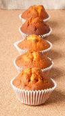 Muffins with raisins — 图库照片