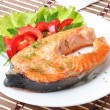 Fish dish - grilled salmon with vegetables — Stock Photo