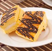 スポンジ ケーキのスライス — ストック写真