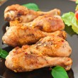 Grilled chicken legs and vegetables - Stockfoto