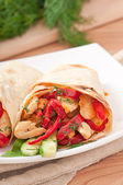 Pita stuffed with chicken and peppers — Stock Photo