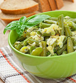 String beans with eggs in bowl. — Stock Photo