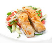 Fried filet fish and fresh vegetable salad — Stock Photo
