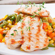 Grilled chicken breasts and vegetables — Stock Photo #47154629