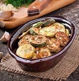 Fried zucchini in an ceramic bowl — Stock Photo