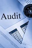 Operacyjne budżet, kalendarz, kompas i audytu — Zdjęcie stockowe