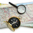 Road map plan and compass — Stockfoto