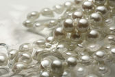 White pearl in water — Stock Photo