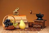 Koffie, fruit en boeken — Stockfoto