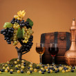 Grapes, wooden barrel — Stockfoto