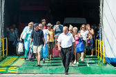 Descend from ferry — Stock Photo