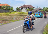 Family on scooter in Bali — Stock Photo