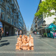Statues of men on the bench - Stockfoto