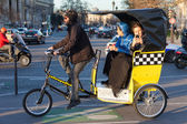 Bicycle taxi in Paris — Stockfoto