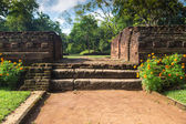 Small stairway in garden complex in Sigiriya — Stock Photo